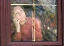 Žena  za oknem