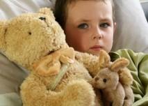 Nemoc,dítě,teploměr,hračky,postel