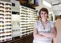 obchod se slunečními brýlemi