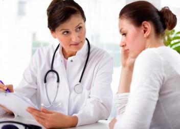lekar_doktorka_pacient_ordinace_konzultace