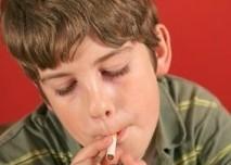Chlepac,dítě,kouření,cigareta