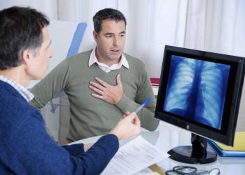 pacient_lekar_astma_vysetreni_plice