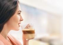zena, kava, hrnek