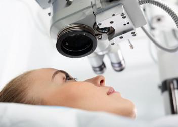 Laserová operace oka