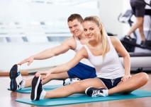 protahování v tělocvičně