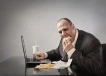 tlusty, muž, nezdrave jidlo