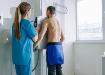 rentgen_rakovina_plic_plice_muz_vysetreni