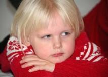 Dítě,holka,svetr,vlna,alergie