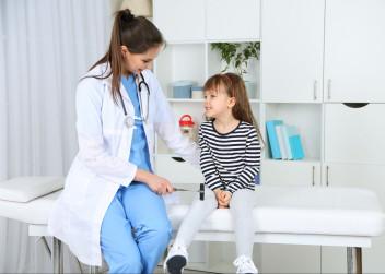 dítě u lékaře