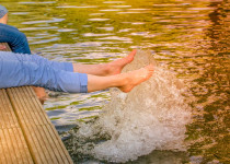Trápí vás v létě těžké nohy? Víme, co s tím