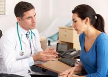 Roztroušená skleróza: Spolupráce s lékařem je při léčbě zásadní