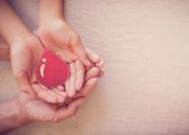 Světový den hemofilie – solidarita obarvená načerveno