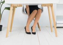 Pocitu těžkých nohou se dá zbavit rychle a elegantně. Zeptejte jak na to