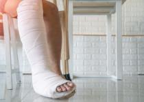 Jak pandemie covidu-19 ovlivnila osoby trpící řídnutím kostí?