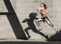 Myslíte na zdraví svých kloubů? Vsaďte na 4 kroky pro prevenci osteoartrózy!